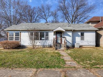 Labette County Single Family Home Auction: 2331 Stevens Avenue