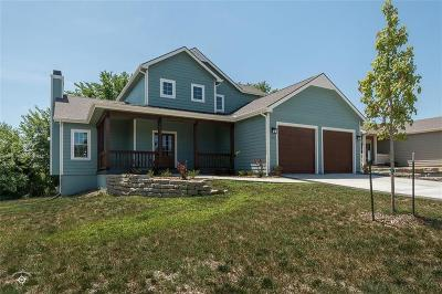 Lawrence Single Family Home For Sale: 1611 Golden Rain Drive
