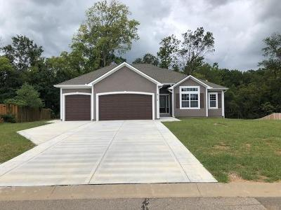 Leavenworth Single Family Home For Sale: 4119 Cades Cove
