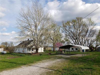 Bourbon County Single Family Home For Sale: 271 N Bourbon Street