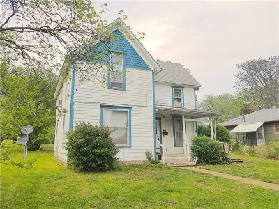 Anderson County Single Family Home For Sale: 141 W 7th Avenue