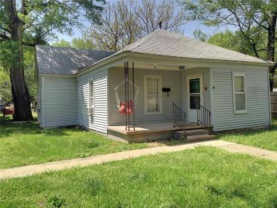 Allen County Single Family Home For Sale: 410 S 2nd Street