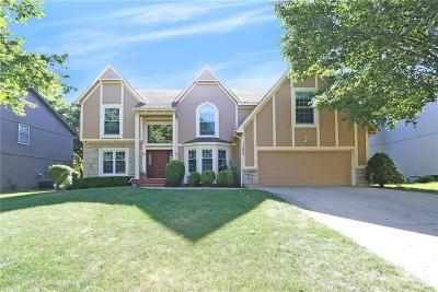 Lenexa Single Family Home For Sale: 11405 Mullen Road