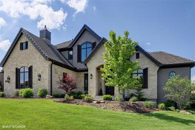 Leawood, Merriam, Overland Park, Prairie Village, Grain Valley, Greenwood, Independence, Kansas City, Lee's Summit, Raytown Single Family Home For Sale: 10500 W 165th Street