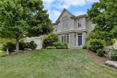 Overland Park Single Family Home For Sale: 5310 W 166th Terrace