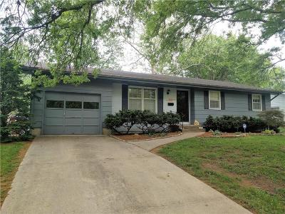 Lawrence Single Family Home For Sale: 2428 Missouri Street