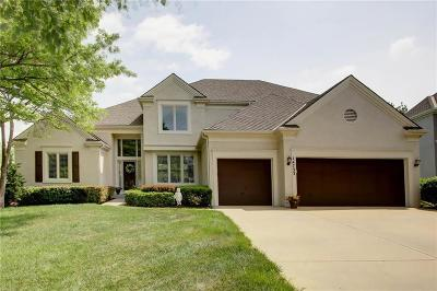 Overland Park Single Family Home For Sale: 14733 Reeds Street