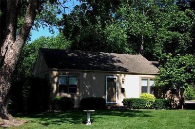 Overland Park Single Family Home For Sale: 8238 Goodman Street