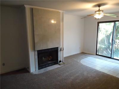 Overland Park Condo/Townhouse For Sale: 10238 W 96th Street