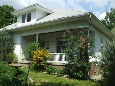 Atchison Single Family Home For Sale: 924 N 10th Street