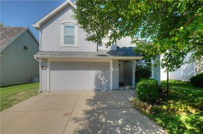 Lawrence Single Family Home For Sale: 1808 Carmel Drive
