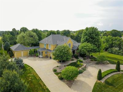 Leawood Single Family Home For Sale: 14104 Windsor Drive