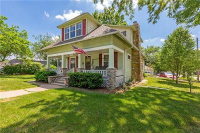 Olathe Single Family Home For Sale: 319 W Cedar Street