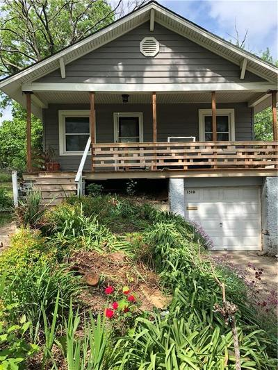 Kansas City Single Family Home For Sale: 32nd Street