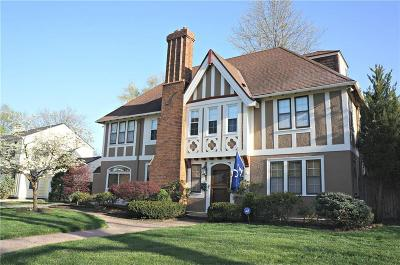 Kansas City Single Family Home For Sale: 433 W 66th Terrace