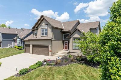 Kansas City Single Family Home For Sale: 8614 NE 99th Terrace