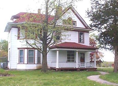 Plattsburg Single Family Home For Sale: 701 S Birch Avenue