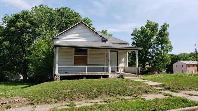 Kansas City Single Family Home For Sale: 3024 E 20th Terrace