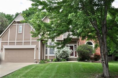 Lenexa Single Family Home For Sale: 15910 W 81st Street