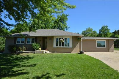 Merriam Single Family Home For Sale: 9606 W 49th Street