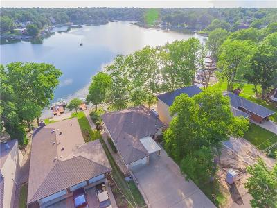 Lake Waukomis Single Family Home For Sale: 125 NW North Shore Drive