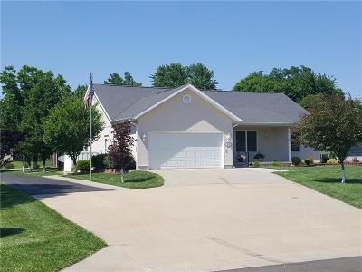 Allen County Single Family Home For Sale: 212 W Garfield Avenue