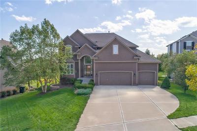 Olathe Single Family Home For Sale: 11427 S Gander Street