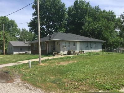 Livingston County Multi Family Home For Sale: 1206 Hogan Street