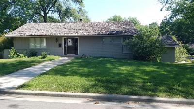 Leawood Single Family Home For Sale: 3004 W 82 Terrace