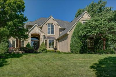 Leawood Single Family Home For Sale: 14302 Briar Street
