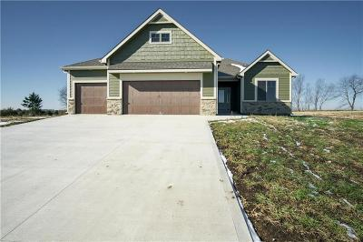 Eudora Single Family Home For Sale: 2621 S Fir Terrace