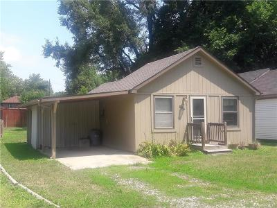 Louisburg Single Family Home For Sale: 806 S 5th Street