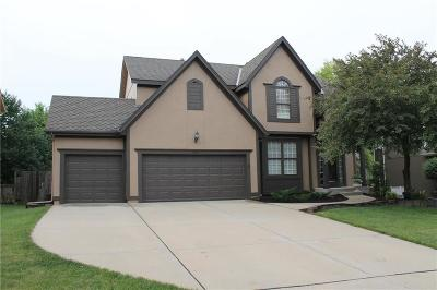 Overland Park Single Family Home For Sale: 5901 W 153rd Terrace
