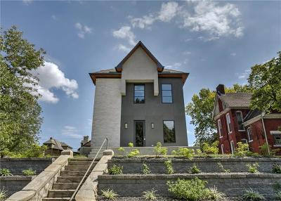 Kansas City Single Family Home For Sale: 1737 Summit Street
