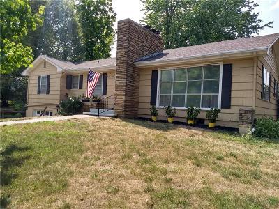 Liberty Single Family Home For Sale: 1502 Lake Road