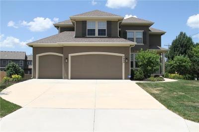 Lenexa Single Family Home For Sale: 7900 Barth Road