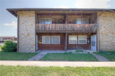 Kansas City KS Condo/Townhouse For Sale: $82,000