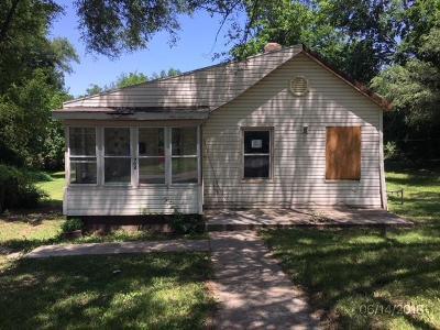 Kansas City KS Single Family Home Auction: $25,000