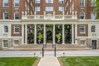 Kansas City Condo/Townhouse For Sale: 4618 Warwick Boulevard #5D