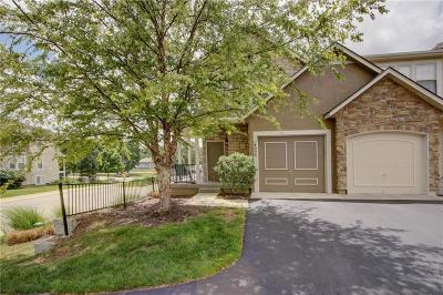 Olathe Condo/Townhouse For Sale: 14096 W 112th Terrace
