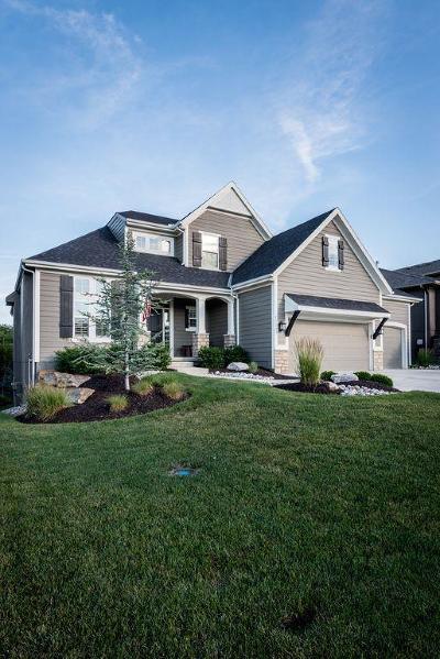 Olathe Single Family Home For Sale: 12243 S Mesquite Street
