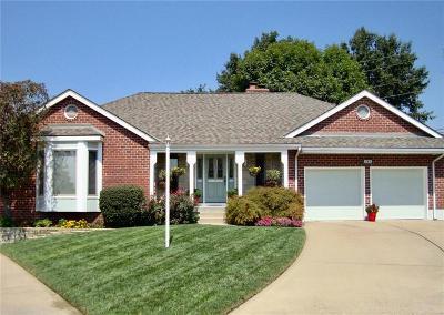 Lake Winnebago Single Family Home For Sale: 224 Chippewa Lane