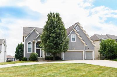 Overland Park Single Family Home For Sale: 11417 W 144th Street