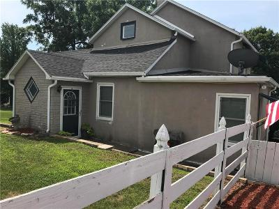 Atchison Single Family Home For Sale: 1306 Country Club Road