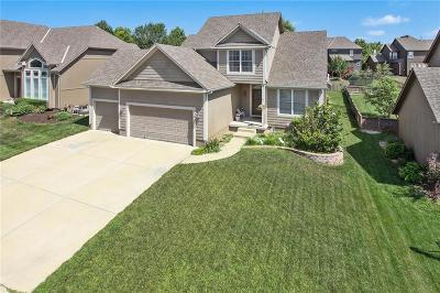 Olathe Single Family Home For Sale: 2304 W Cothrell Street