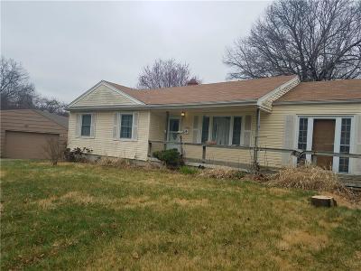 Raytown Single Family Home For Sale: 8108 Evanston Avenue