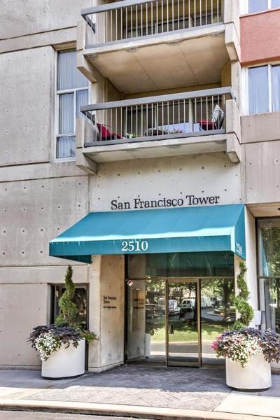 Condo/Townhouse For Sale: 2510 Grand Avenue #1105