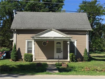 Holt County Single Family Home For Sale: 305 Commercial Street