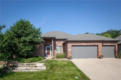Lee's Summit Single Family Home Contingent: 708 NE Twin Brook Drive