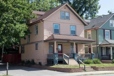 Single Family Home For Sale: 208 E 31st Street